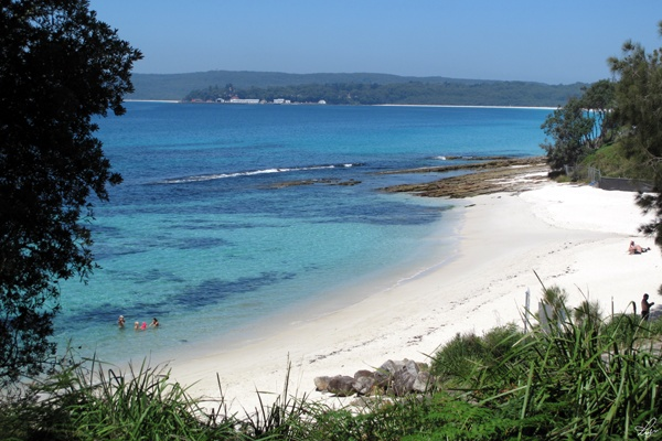 how to get to murrays beach jervis bay