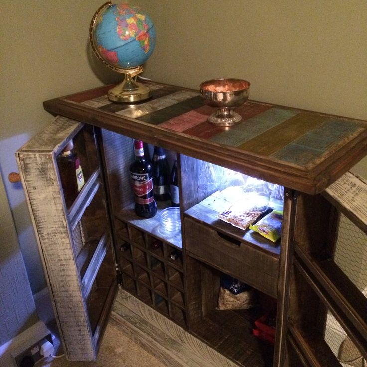 DIY Bar Cabinet Made From Used Pallets Projects Pinterest