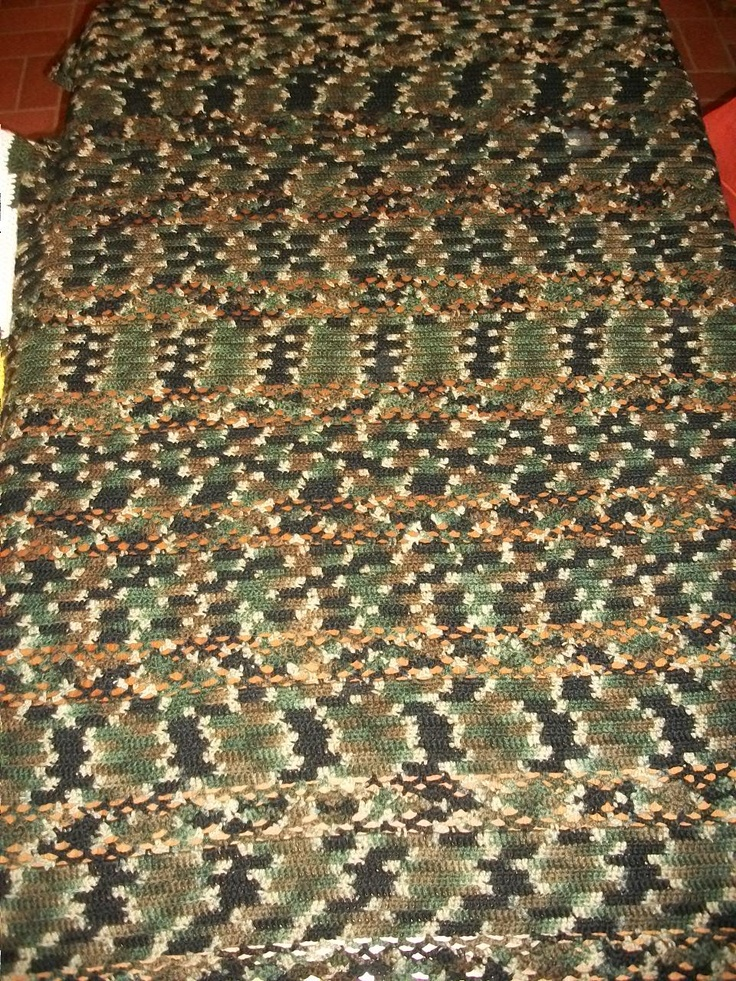 Green camo crocheted afghan. crocheting ideas Pinterest
