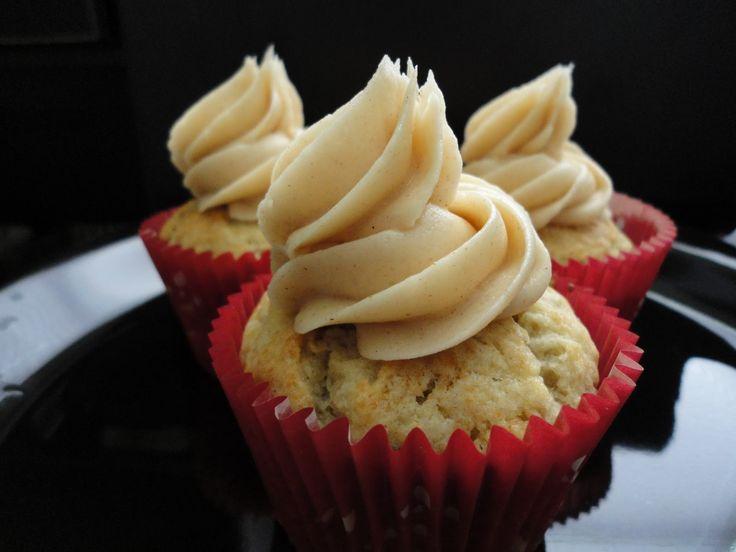 Honey Banana Cupcakes With Honey Cinnamon Frosting