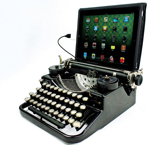 Old Fashioned Typewriter For Ipad