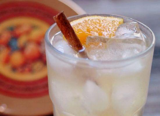 Festive Spiced Apple-Ginger Sparkler