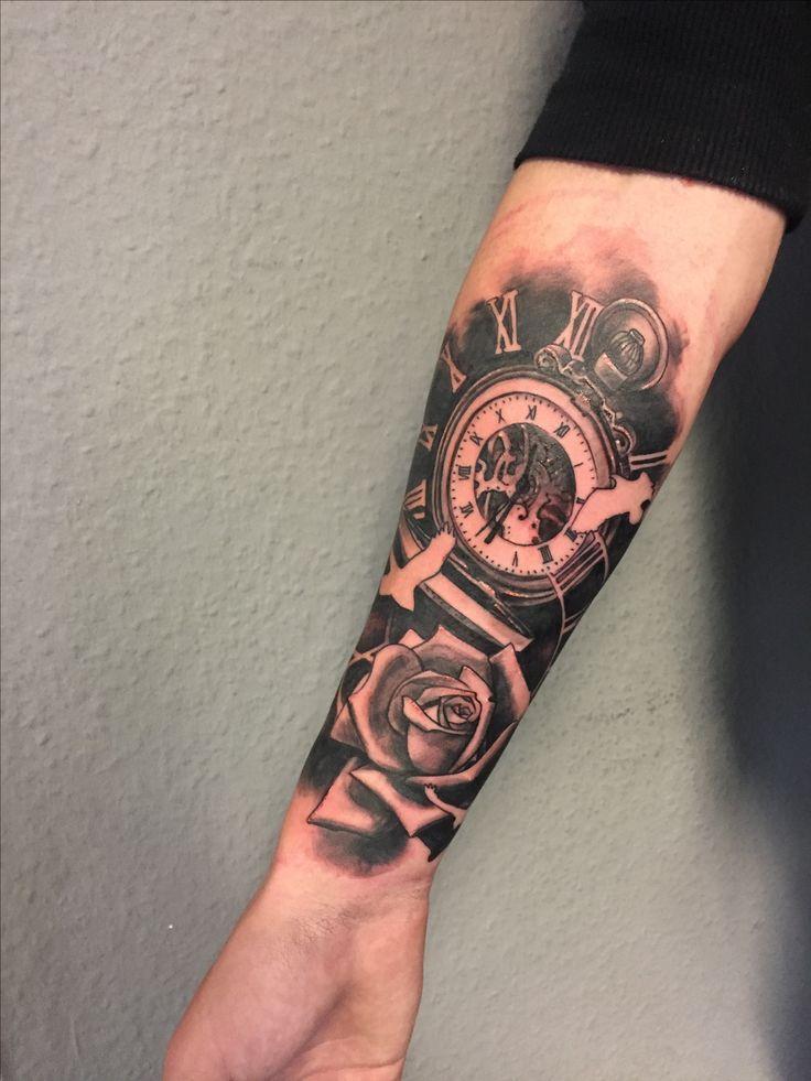 Tattoo arm flügel männer Oberarm Tattoo