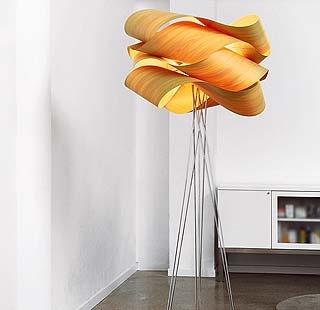 Decorativas lámparas de pie y de mesa para el salón