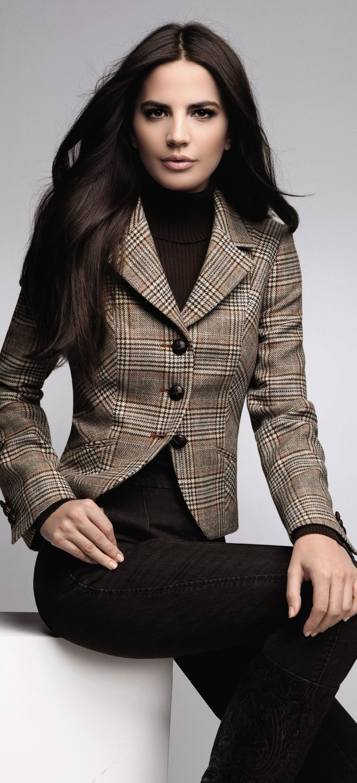 What to wear to a job interview 7 tips for women over 40 or 50 or 60