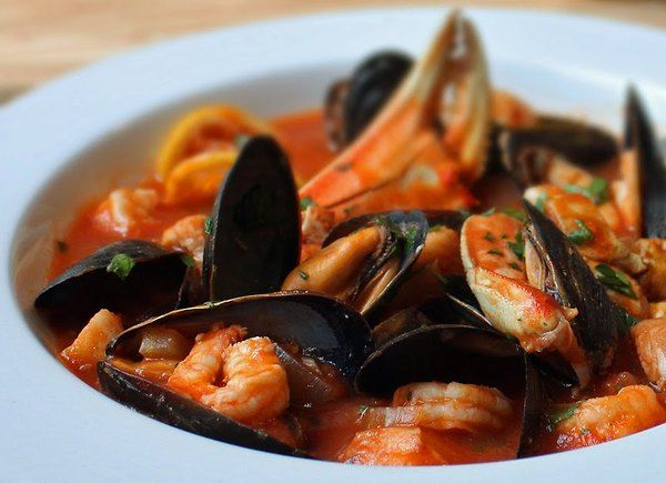 Cioppino, needs 1-2 t red pepper flakes, and to be served over Israeli ...