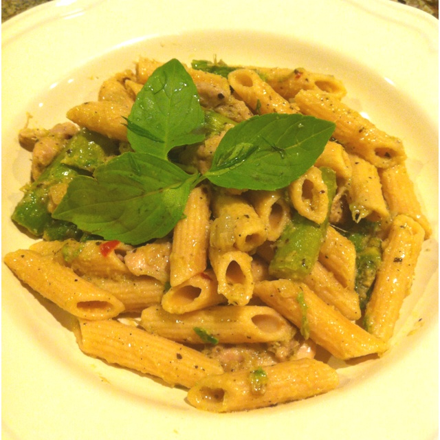 Artichoke pesto with asparagus and chicken on whole wheat penne pasta.
