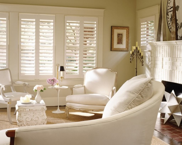 Beach house window treatments beach cottages decorating for Beach house window treatments