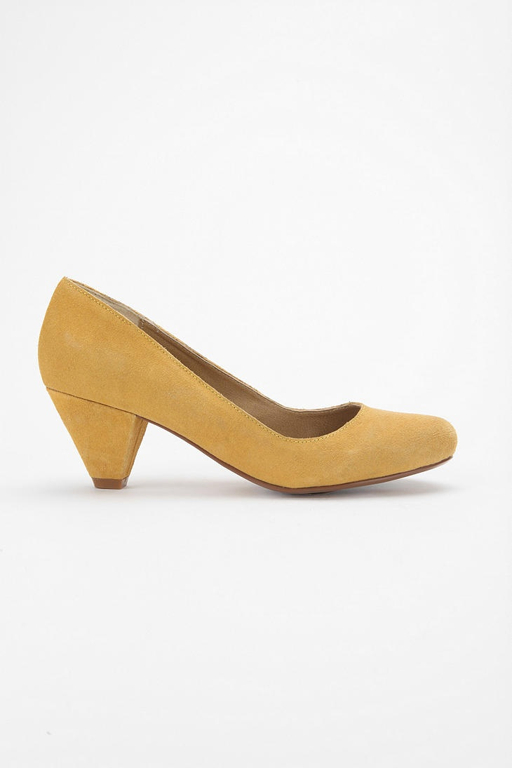 kitten heel shoes pinterest. Black Bedroom Furniture Sets. Home Design Ideas