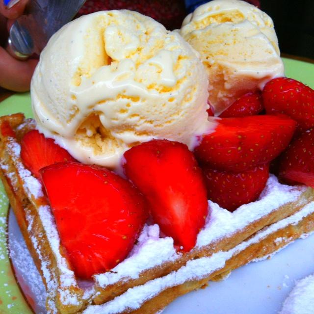 Best waffles @ Belgium | deliciousness(: | Pinterest
