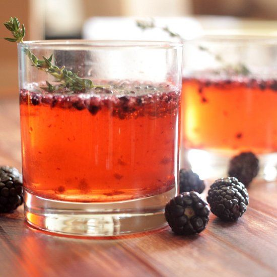 Blackberry and Thyme Gin | adult beverages | Pinterest