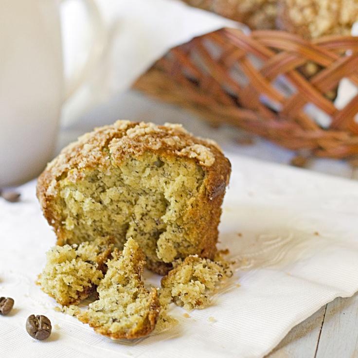 Texas Style Banana Crumb Muffins - Mmmmm... Great recipe! Love the ...