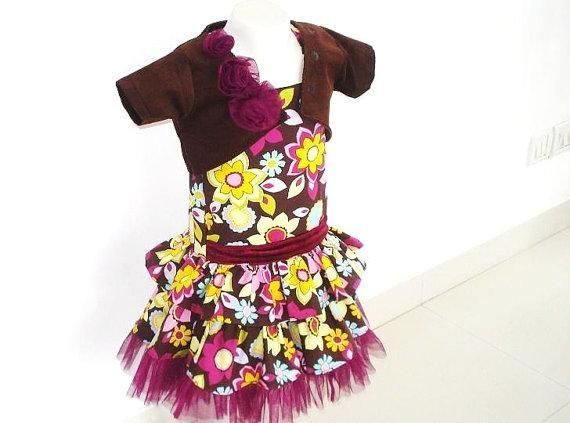 Holiday girls dress sewing pattern pattern on craftsy com