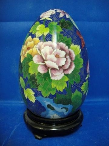 CLOISONNE  EGG WITH BEAUTIFUL DESIGN
