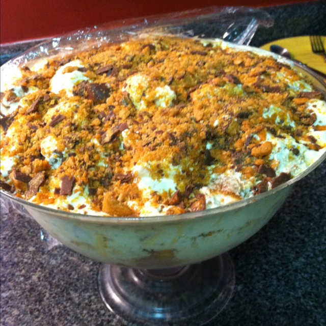 Butterfinger Trifle Angel Food Cake