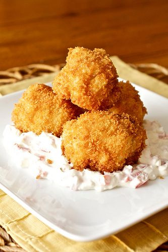 Fried Pimiento Mac and Cheese by Smells Like Home, via Flickr