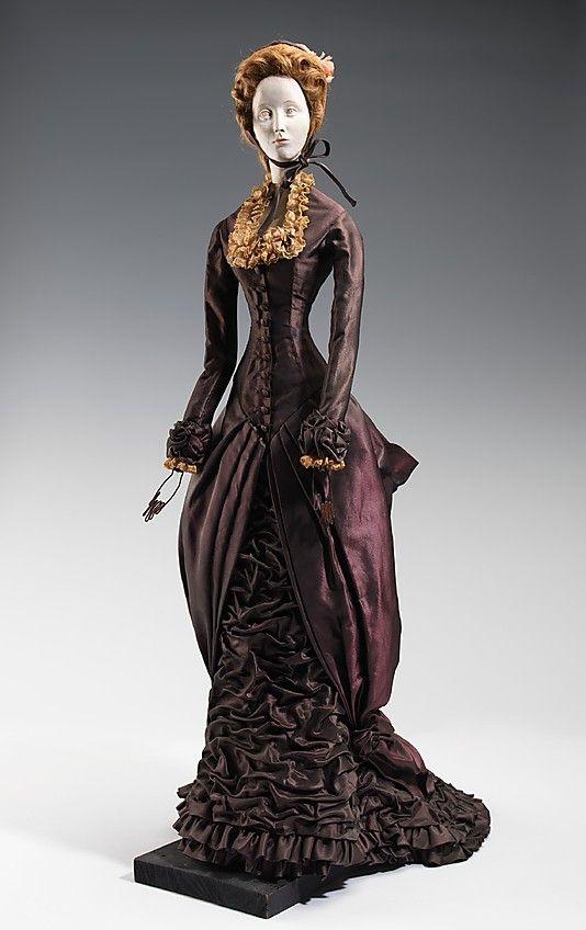1880 Кукла от Дома Dior (металл, гипс, волосы, шелк, соломы, льняной), 1949.  ММА
