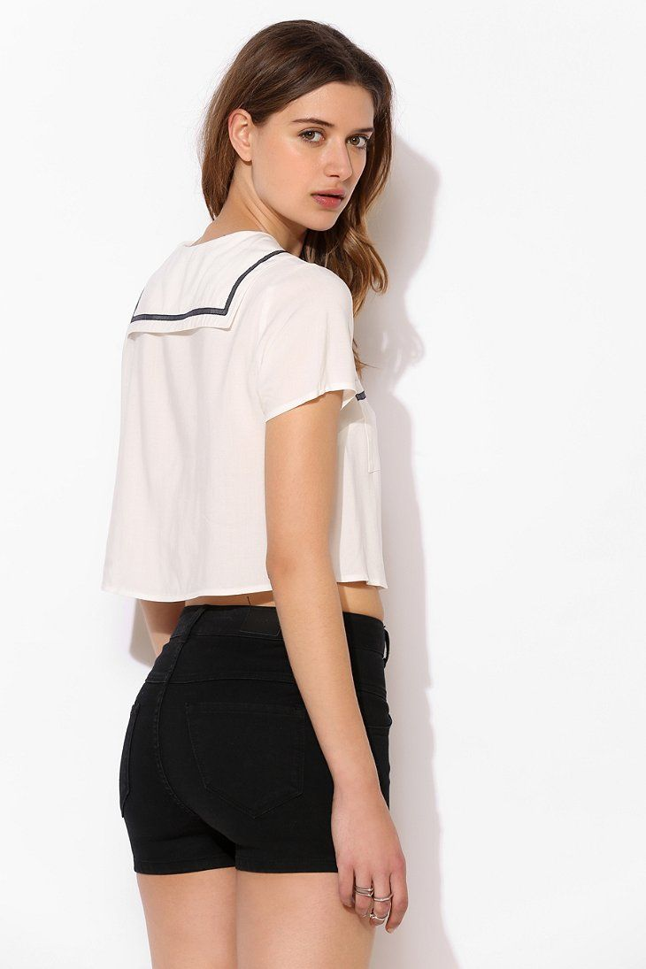 What Is A Blouse With A Sailor Collar Called 3