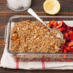 No Flour Strawberry Rhubarb Crumble | how i should really be eating ...