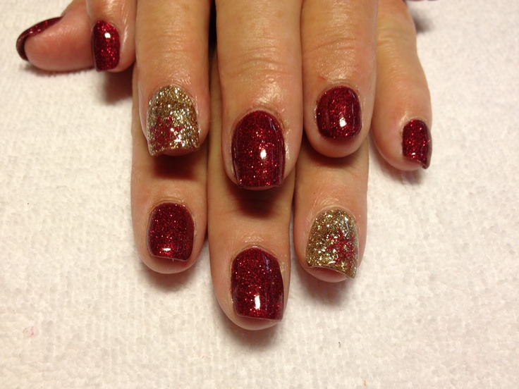 Christmas nails | Shellac Nails | Pinterest