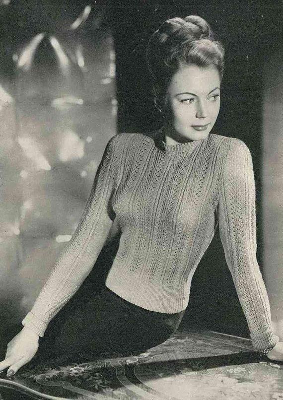 Sweater Girl - Sweater Vest