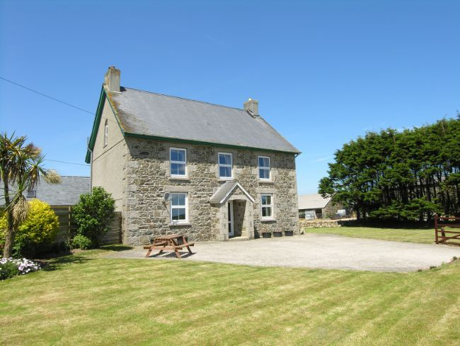 stone farmhouse Decorating Ideas