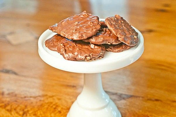 Nutella no-bake cookies.Super easy and super tasty. Better than the ...