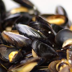 Mussels Steamed in Wheat Beer | Recipe