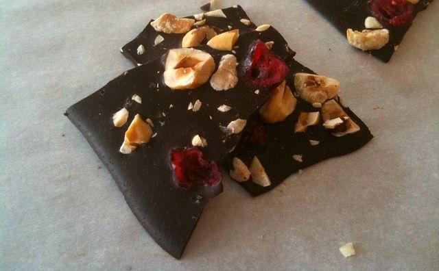 Chocolate Hazelnut Bark   Recipes---Nutella   Pinterest
