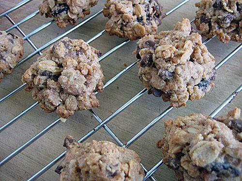 Chocolate Pomegranate Granola Bites Recipe — Dishmaps