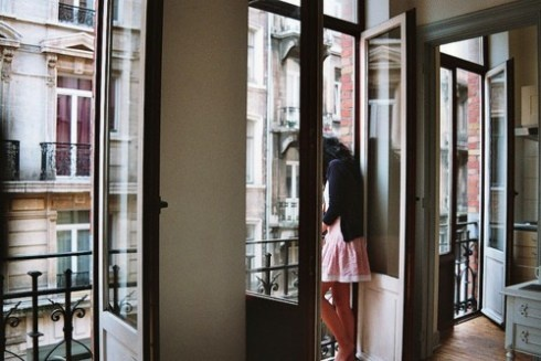 A Paris Apartment...   i wanna be in!
