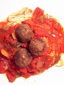 Vegan Thyme: Vegan Italian Meatballs with Slow Cooker Marinara Sauce (Pasta: The Other Comfort Food)