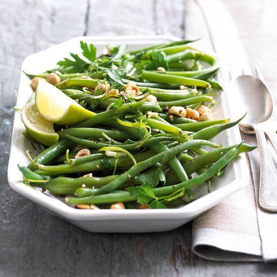 Cook fresh green beans garlic