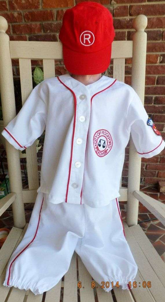 Tee Ball Pants We have a huge selection of pants for your Tee Ball player from several of the great brands we work with. You have your choice between Champro Sports, Alleson Athletic, Augusta and Easton, open or closed bottom and pull-up or belted styles.