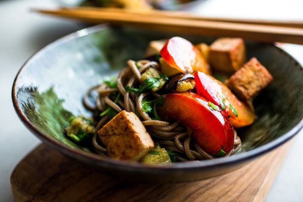On Hot Days, Cold Noodles Are a Welcome Choice - NYTimes.com - Soba ...