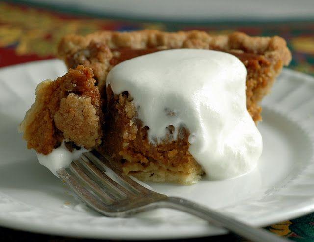 Cafe Johnsonia: Caramel Pumpkin Pie with Pecan Streusel