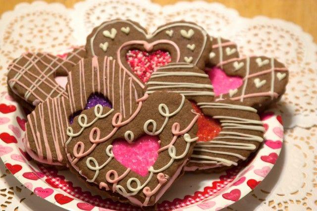 Chocolate Heart Sandwich Cookies | Valentine's Day | Pinterest