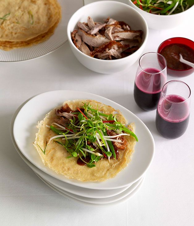 Perfect match: Chinese roast duck with green onion pancakes :: Gourmet ...