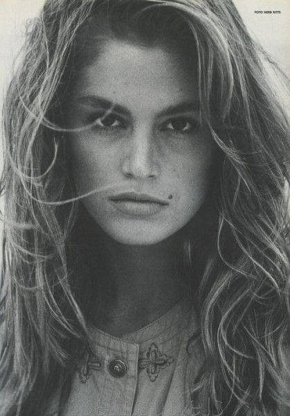 See Works From Iconic Fashion Photographer Mark Shaw This Week recommend