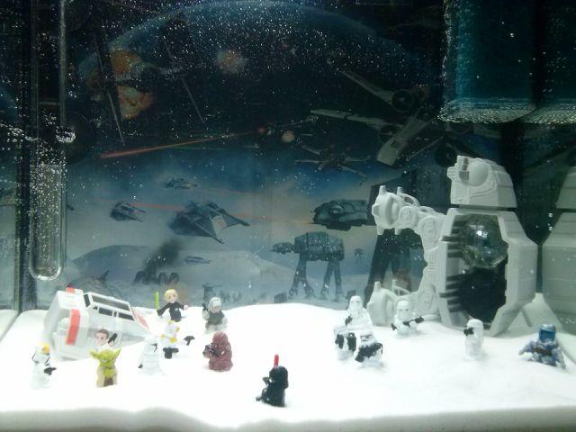 Star wars fish tank good housekeeping pinterest for Star wars fish tank decorations