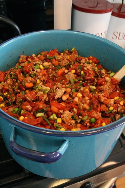 everything-but-the-kitchen-sink chili | Yummy - all in one dish | Pin ...