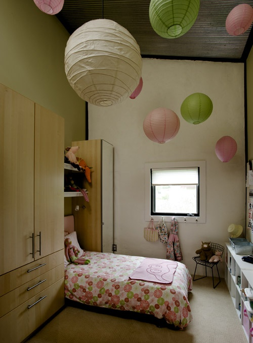 Pinterest discover and save creative ideas - Paper lantern bedroom ideas ...