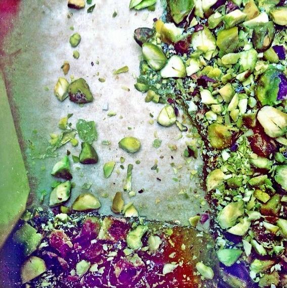 green tea + pistachio brittle | food + drink + sweets | Pinterest