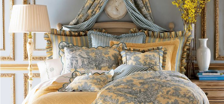 French country toile bedding sets beautiful rooms for Country house collections