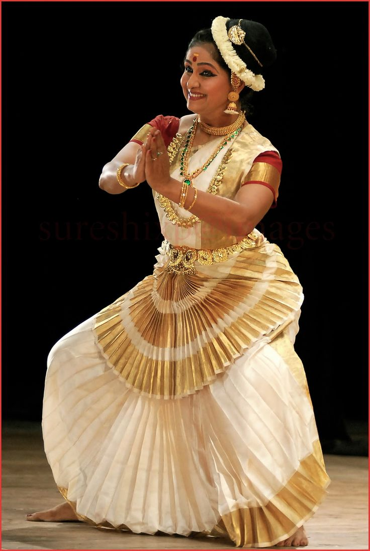 english paper on indian classical dancing Kathak is one of the 10 major forms of indian classical dance this dance form  like many other not only includes practical form but also has theoretical form.