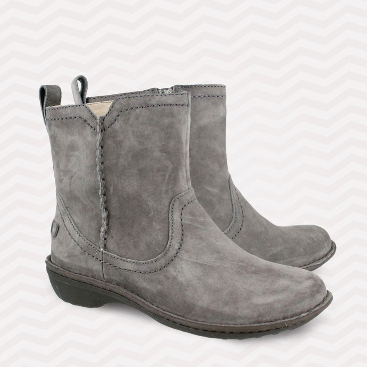 Women's Ugg, Neevah Ankle Boots - A Clean And Classic Ankle Boot Style