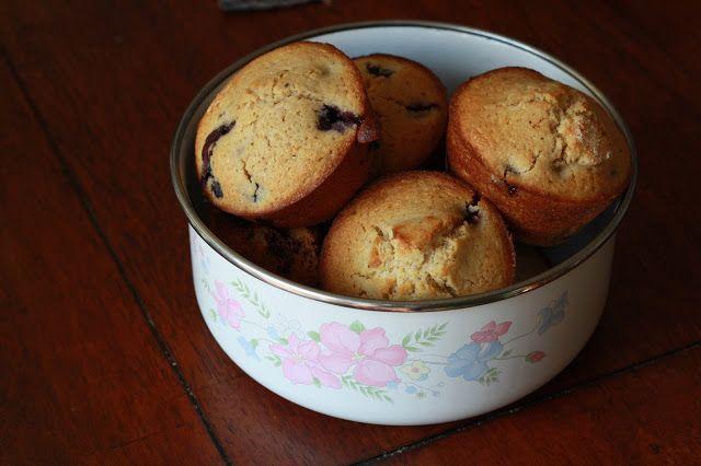 Typographie: Gluten-free Blueberry Corn Muffins