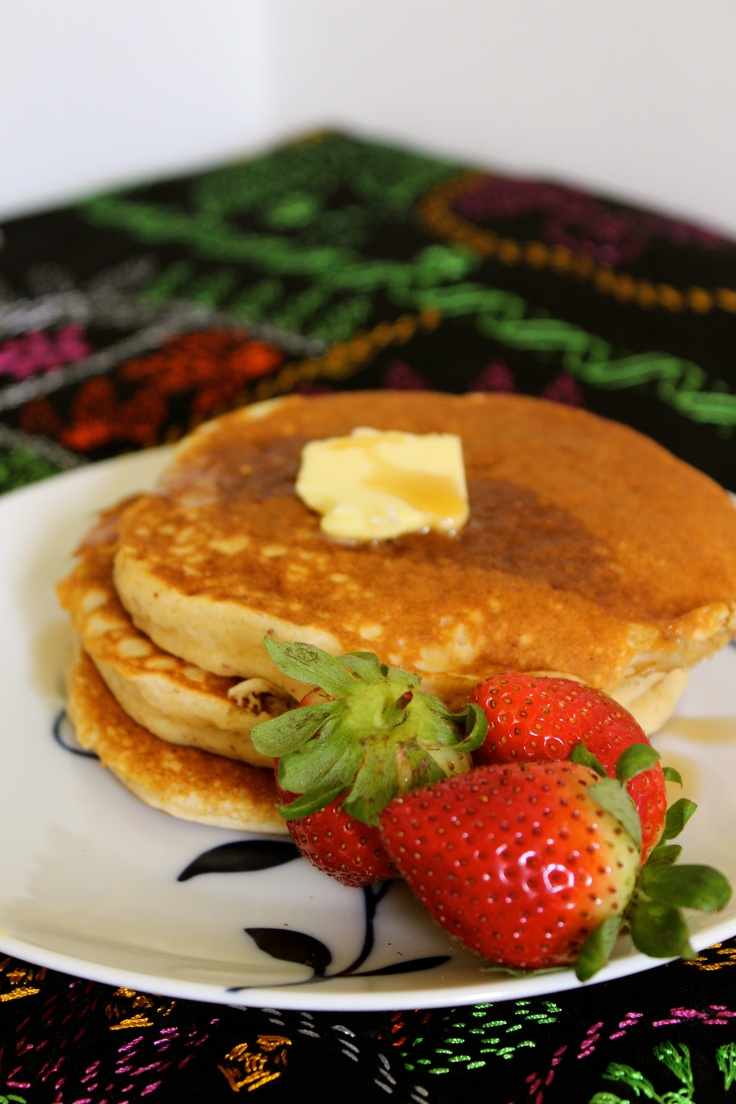 sunday morning pancakes...comin' up!