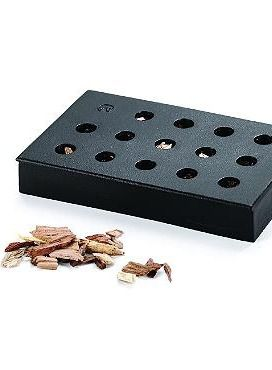 Impress your guests with homemade smoked masterpieces with the Cast Iron Wood Chip Smoking Box; an easy-to-use cooking essential to help you prepare delicious meals every time.