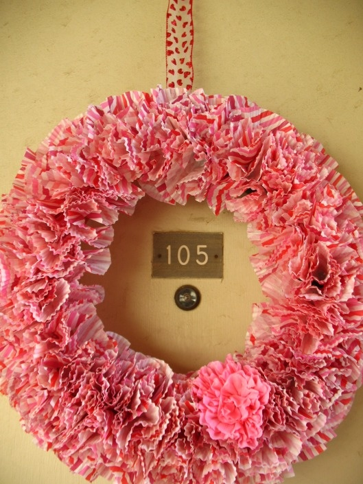 valentine wreath cupcake liners